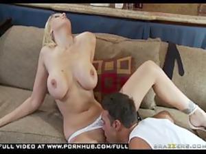 huge breast bleached woman jane amanda fucks cop