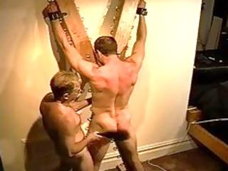 giant bodybuilders muscle bottom gets an ass