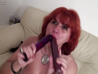 fresh grownup bitch lady wills to have penis badly