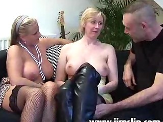 american mature babe angels taking butt banged