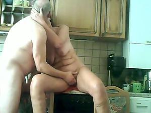 elderly kitchen help by troc