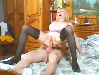 extremely impressive woman inside gstring obtains