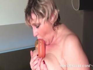 blondie bangs her grownup pussy with plastic cock