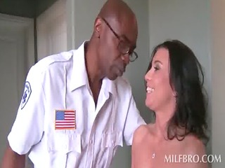 black stud gives cunt suck to extremely