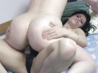 bleached veronica gangbanging a woman with her