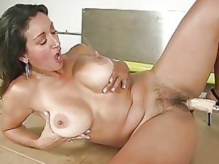 tanned busty mature babe acquires fucked by