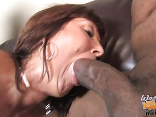 slutty older  woman desi foxx used by 2 blacks