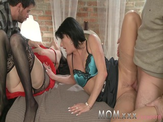 milf cougar swingers take turns