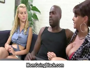lady porn - mommy takes gang-banged by big brown