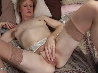 grandma jj obtains horny and nude on her obtain