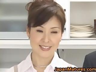 hitomi kurosaki grownup eastern  lady