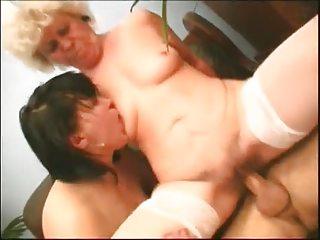 2 elderly salopes