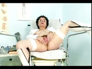horny mature lady bimbo does some dirty pierce