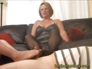 dual lady footjob