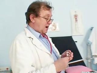 senior amateur babe weird gyno clinic exam