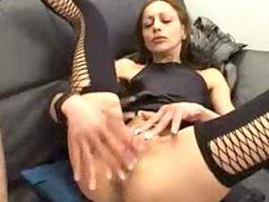 mature is hot at spreading her legs