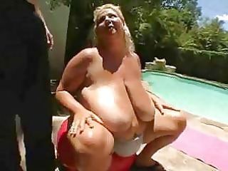 bbw milf torpedoed outside